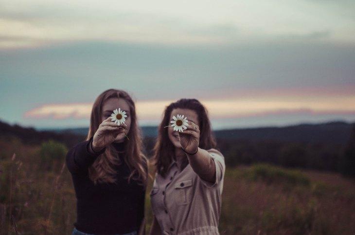 Mujeres sembrar amor y conociemiento 8 de marzo